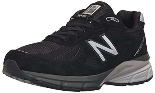 NEW BALANCE PRESENTS LACE-UP PLUSH MEN'S RUNNING SHOE: